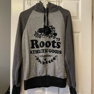 Roots pull over sweater